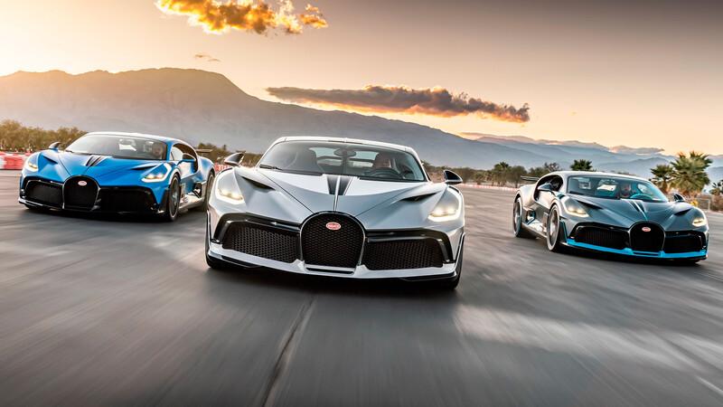 Tres Bugatti Divos se juntan en una pista de carreras en California