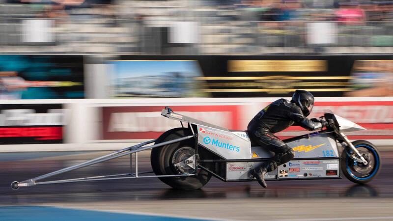 Una moto eléctrica hace el 0 a 100 km/h en menos de 1 segundo