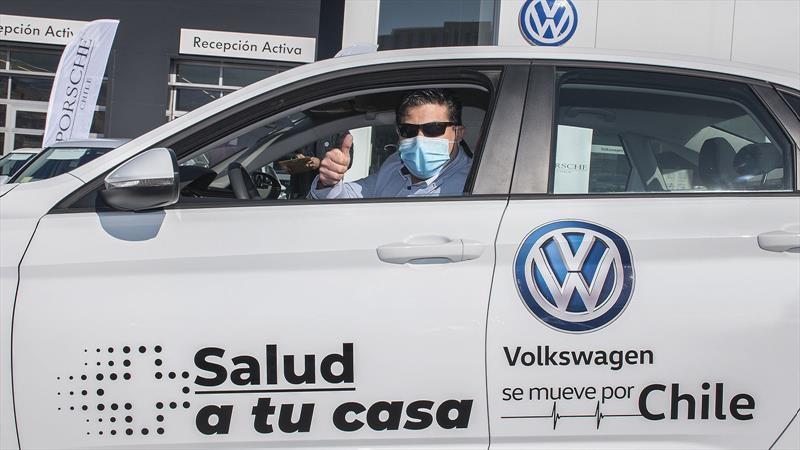 Volkswagen aporta flota de 35 modelos a programa de salud del MINSAL