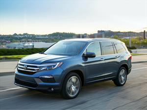 Honda llama a revisión a 1,700 unidades de la Pilot 2016