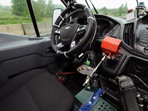 Ford utiliza robots para hacer pruebas de durabilidad