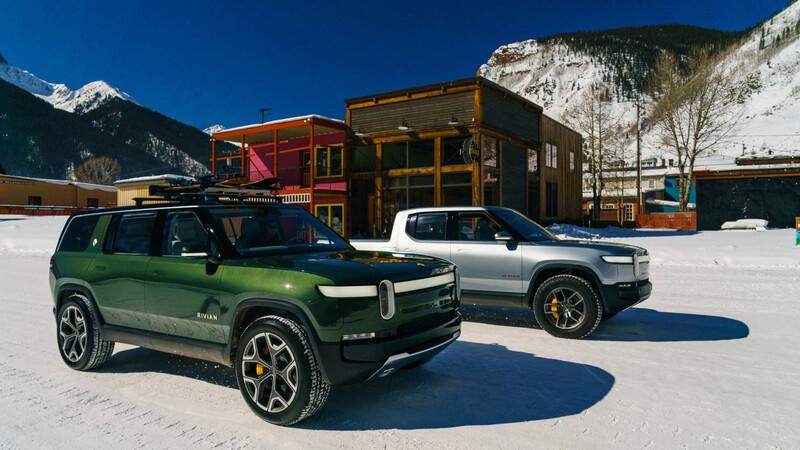 Rivian se prende: 30 mil reservas para sus flamantes pick-up y SUV