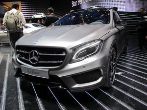 Mercedes-Benz GLA 2015 se presenta