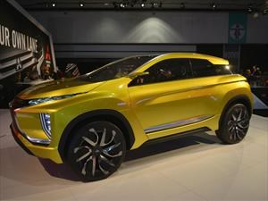 Mitsubishi eX Concept debuta