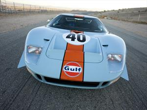 Ford GT40 rompe récord en Peeble Beach