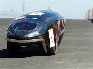 Estudiantes crean un auto que consume... ¡0,012 L/100km!