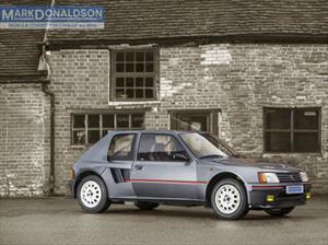 ¿Sos fan del rally? Mirá este Peugeot 205 T16 en venta