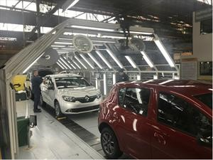 Renault-Sofasa puso a rodar cerca de 50.000 nuevos carros por Colombia