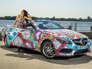 Mara Hoffman combina la ropa con el Mercedes-Benz Clase E 2014
