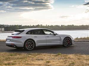 La primera novedad de 2018 es el Porsche Panamera Sport Turismo