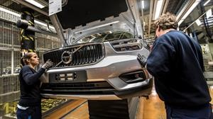 Volvo suspende producción en EE. UU. y Europa debido al Covid-19