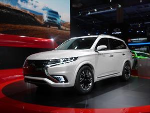 Mitsubishi Outlander PHEV Concept S, cargada de tecnología