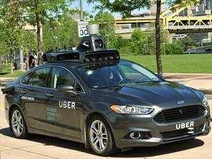 Uber quiere reemplazar choferes con vehículos autónomos