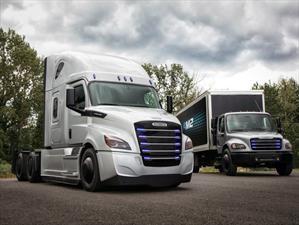Freightliner eCascadia y eM2 se presentan