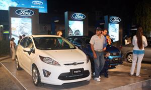 Ford le pone Kinetic Attraction a este verano
