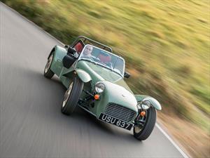 Caterham Seven Sprint, retro de concepción y estilo