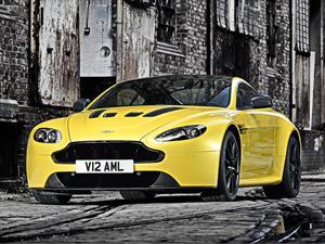 Aston Martin presenta el Vantage V12 S