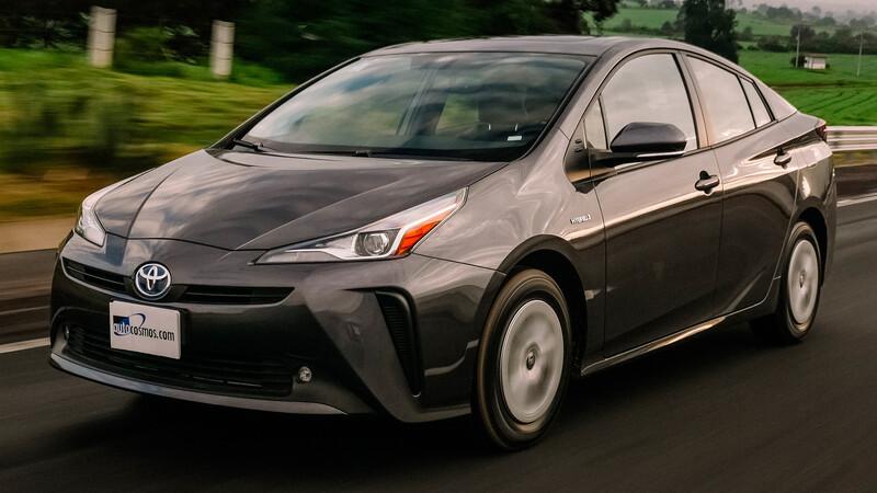 Porqué el Toyota Prius 2020 es mejor compra que un auto convencional o que uno totalmente eléctrico