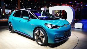 Volkswagen ID3 hace su aparición para intentar robar el trono al Nissan Leaf