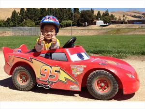Auto de juguete modificado por FFTEC Motorsports