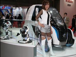 Estas son las chicas del Auto Show de Tokio 2015