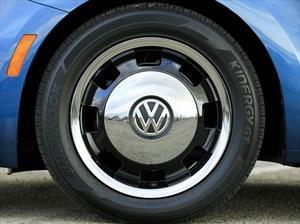 ¿Y si el Beetle volviera eléctrico y con cuatro puertas?