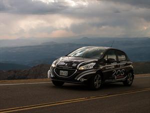De la Ciudad de México a Pikes Peak 2013 en un Peugeot 208 2014