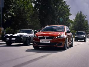 Peugeot 308 GTi vs carros norteamericanos, ¿cuál gana?
