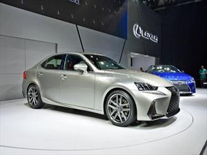 Lexus IS 2017 se renueva
