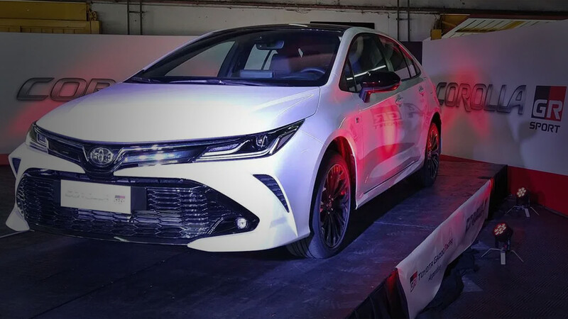 Toyota Corolla GR-S: Ya pisa Argentina