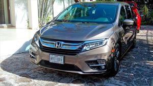 ¿Qué tan eficiente es el consumo de combustible de una Honda Odyssey?