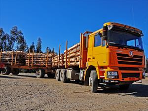Shacman introduce en Chile camión para tareas forestales