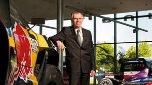"""Carlos Tavares, CEO de PSA, elegido """"personaje del año"""" en la industria automotora"""