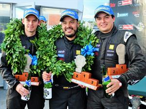 Auto Stok Team dominó a placer las 3 Horas de Bogotá del CNA