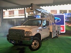 Ford F-4000, el primer camión 4x4 de la marca