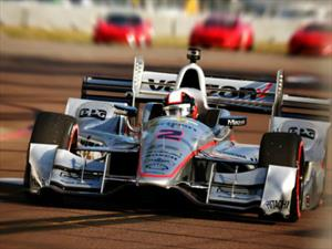 Juan Pablo Montoya gana en St. Petersburg