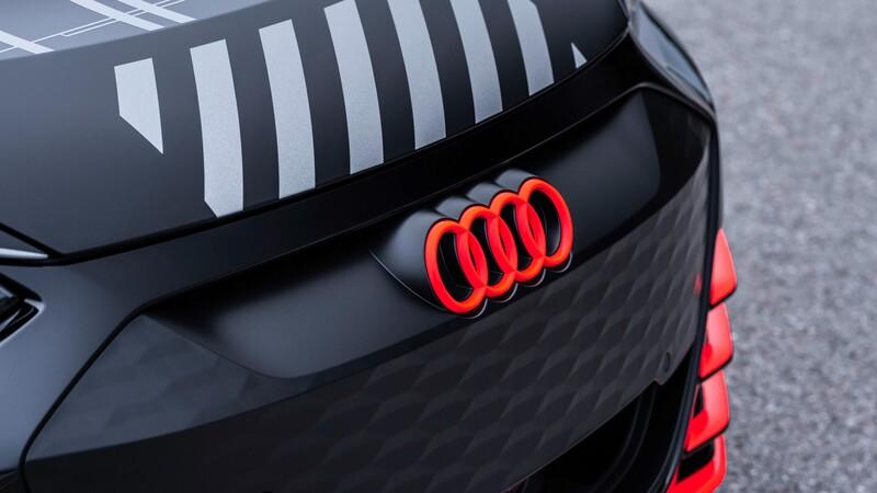 Audi invierte miles de millones de euros en la movilidad eléctrica y digitalización