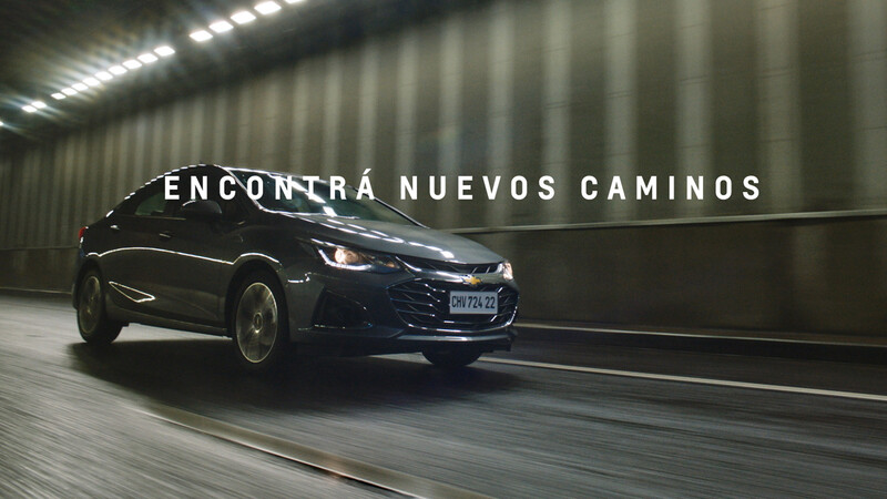 """Chevrolet Argentina promociona al Cruze con su nueva campaña """"Xennials"""""""
