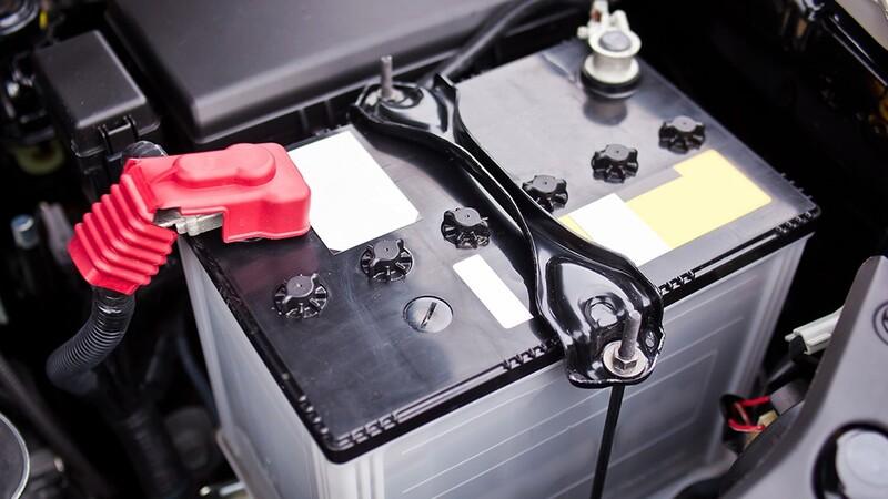 Los autos que permanecen en climas cálidos tienen más problemas con la batería