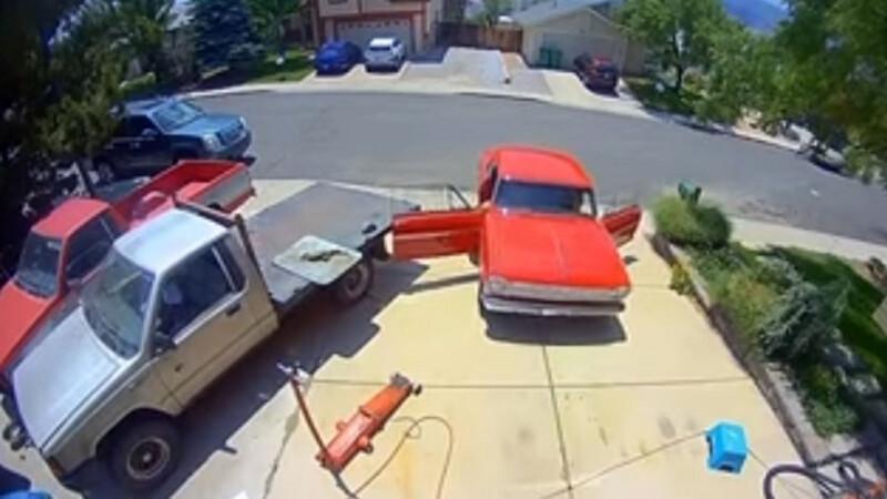 Video: Un Chevy Nova SS de 1963 recién restaurado se rompe y su dueño también