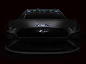 El Mustang aterriza al fin en NASCAR