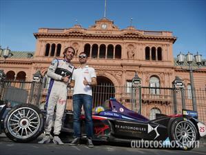 El monoplaza del equipo DS Virgin Racing recorrió el centro porteño