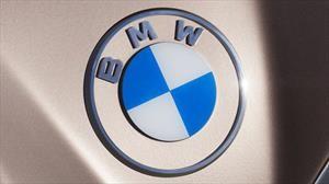¿Notaron el cambio de logo de BMW en el Concept i4?