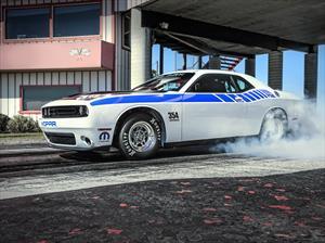 Dodge Challenger Drag Pak, listo para el cuarto de milla
