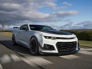 Chevrolet Camaro ZL1 1LE 2018, más rápido y extremo