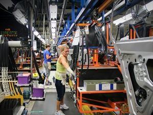 Planta de General Motors en Canadá se va a huelga