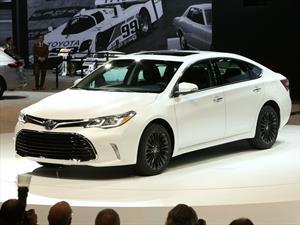 Toyota Avalon 2016 se moderniza