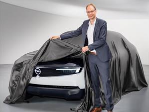 GT X Experimental, Opel muestra su cara renovada