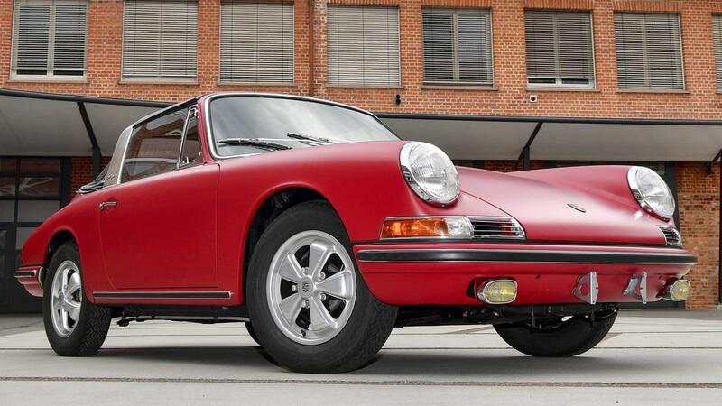 Un Porsche 911 S Targa muy especial fue restaurado de forma magistral