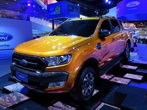 Ford anticipa una posible Ranger extrema y la renovación del Mondeo